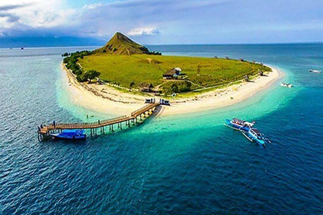 sumbawa kenawa island