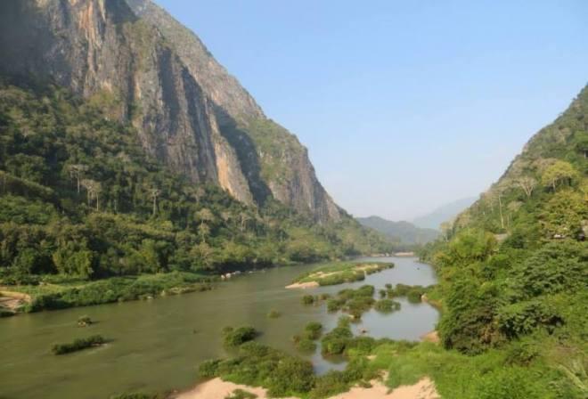 Laos fiume vista