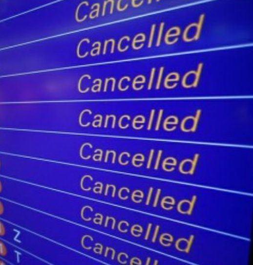in viaggio voli cancellati