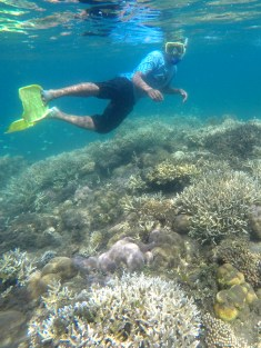 Snorkling at Calabai