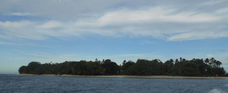 Plun Island From Speedboat