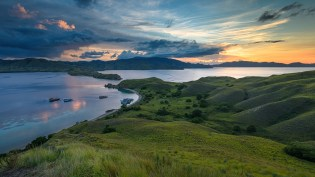 10 Days Komodo Flores Tour