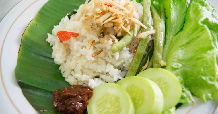 Easy Aromatic Rice (Sundanese Liwet)
