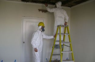 water-damage-mold-removal-of-ceiling