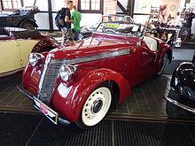 Mobil Jawa Minor 700