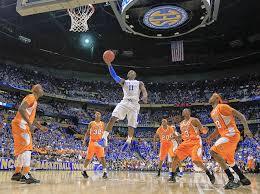 Kalo saya sih demennya main basket,cuma belom sejago abang abang ini :D