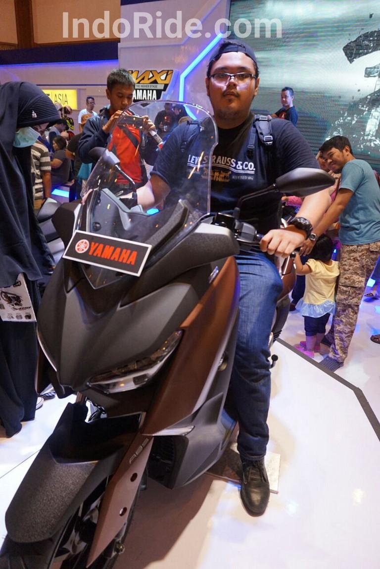 Orang Gemuk Naik Yamaha Xmax 250
