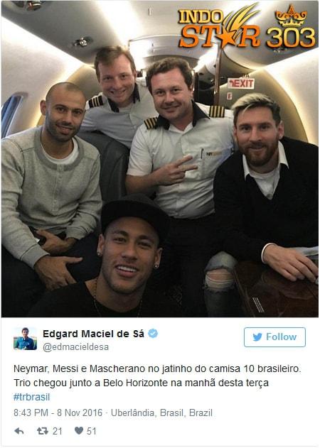 Agen Judi Bola - Trio Barcelona Foto Bersama di Kabin Pesawat Jet Pribadi Neymar