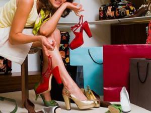 Menebak Kepribadian dari Sepatu
