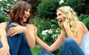 Manfaat Terapi Tertawa