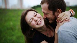 Membuat Pasangan Mencintai Anda