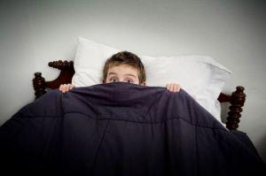 Mengatasi Ketakutan Anak pada Gelap