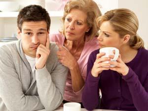 Apakah Anda pernah merasa bahwa ibu mertua Anda tidak menyukai Anda? Hubungan antara wanita dan ibu mertua bisa menjadi hal yang sulit. Berikut tips Menghadapi Mertua yang Tidak Menyukai Anda