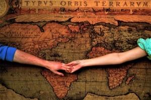 Bertahan Dalam Hubungan Jarak Jauh