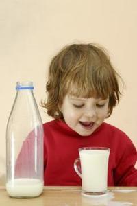 Menghentikan Penggunaan Botol Susu