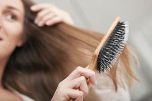 Ada makanan tertentu yang dapat membantu Anda untuk memiliki rambut yang lebih kuat dan panjang. 7 makanan untuk menguatkan rambut bisa Anda baca disini!