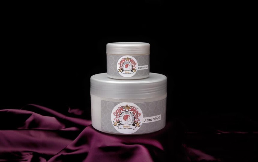 Diamond Gel for Youthful and Radiant Skin