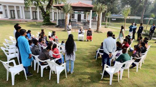 Amit Shah meets Gujarat students with disabilities