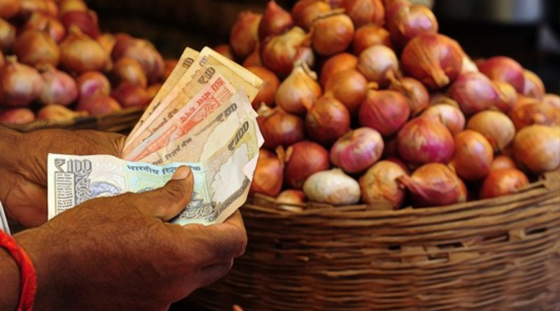 Onion Crisis Cabinet approves 11,000 MT import, directs states to impose stock limits