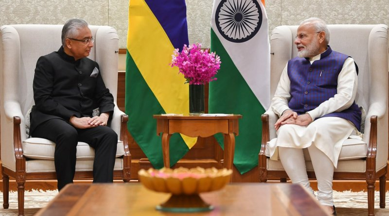 PM Modi meets PM of Mauritius to discuss bilateral ties, development projects
