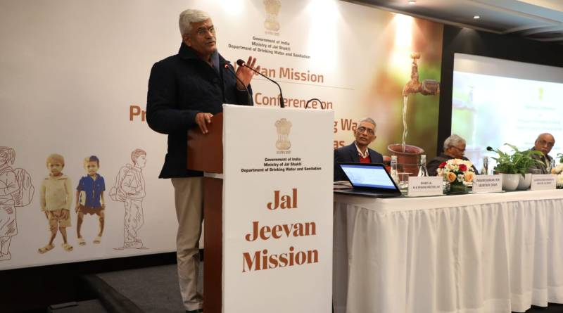 Jal Shakti Minister lauds success of Swachh Bharat, Says Govt to fulfil Jal Jeevan Mission by 2024