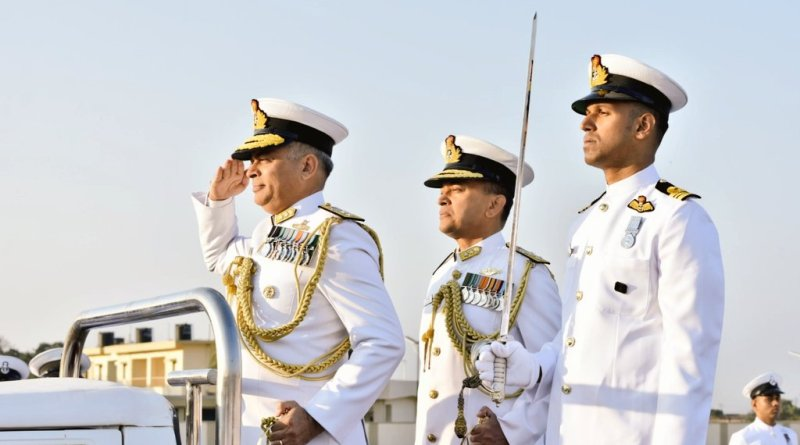 Rear Admiral Puruvir Das takes over as Flag Officer Commanding Gujarat Naval Area (FOGNA)