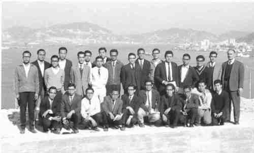 Another group of Technical College building students on a site visit again about half a century ago. I sometimes meet those students, of far off days, for lunch. Many have already retired. They have taken part in the 'building of Hong Kong'. It has indeed been a great transformation.