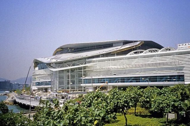 Hong Kong-Wanchai-Convention & Exhibition Centre-001-Roof Construction-1997
