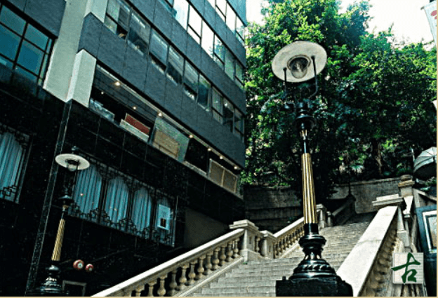 Duddell Street Gas Lamps Image AMO