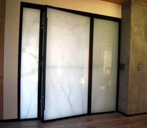 drzwi-wiatrolap-industrialne-metal-szklo