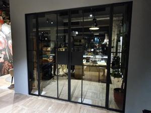 Steel_glass_doors_loft_stalen-deuren