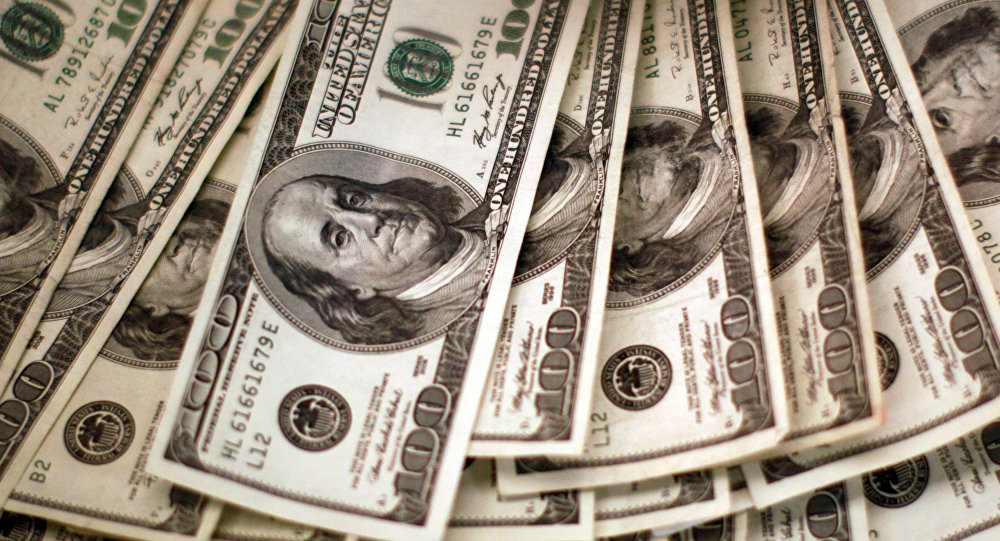 Peso pierde 21 centavos; dólar se acerca a 19.10 unidades
