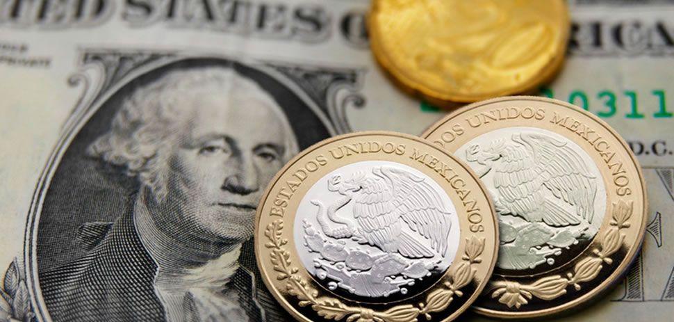 El dólar cae a 19.35 pesos en bancos
