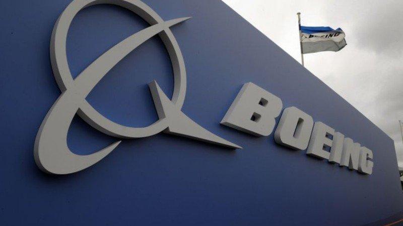 Boeing inmoviliza toda su flota de 777 tras incidente en Colorado