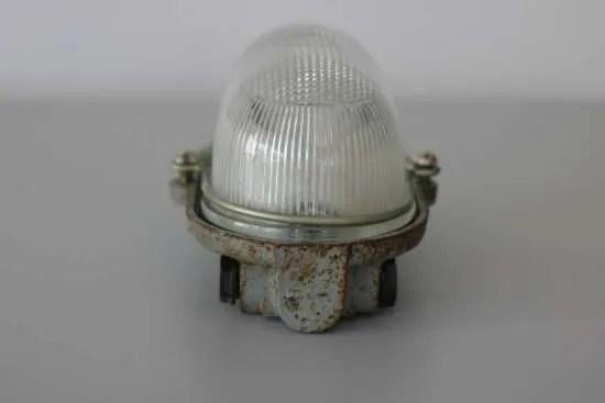 Bunkerlamp uit Frankrijk 3