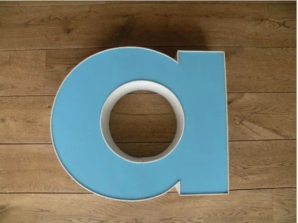 letterlamp wit met blauw a 1
