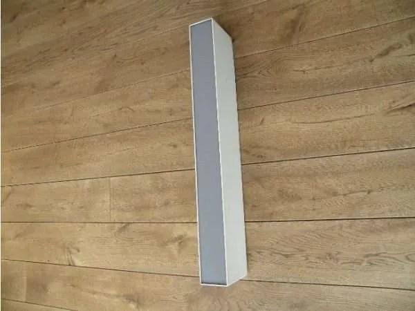 letterlamp wit met grijs i of l zijkant