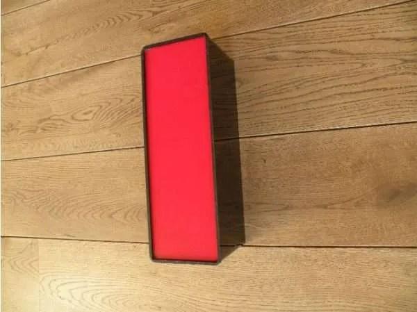 letterlamp zwart rood i 3