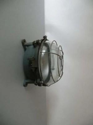 stalen blauwe bunkerlamp 1