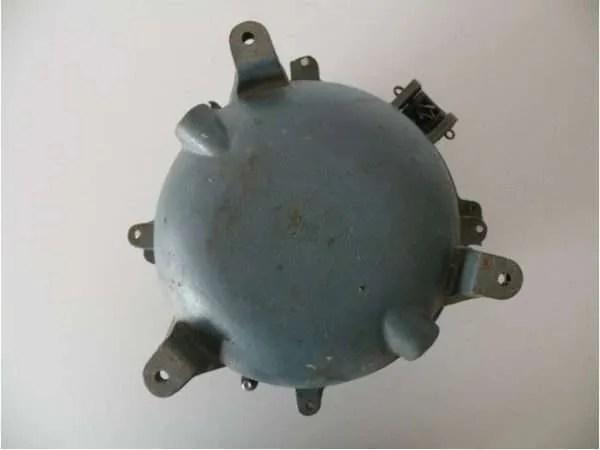 stalen blauwe bunkerlamp achterkant