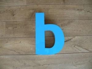 Letterlamp blauw b voorkant