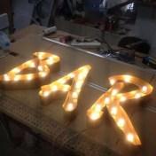 BAR letterlampen