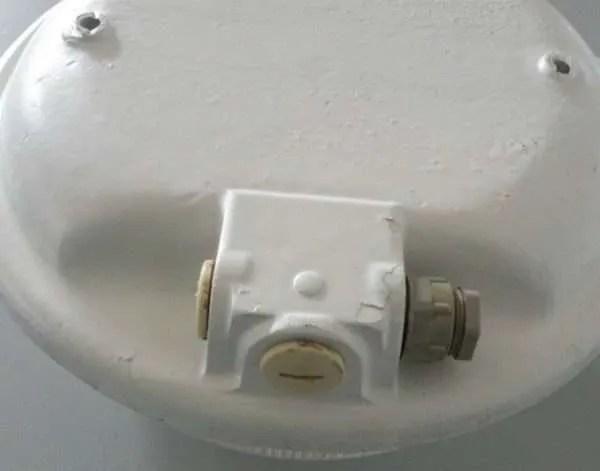 Bunkerlamp mapelec amien 3a achterkant detail