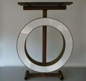 Tafel met verlichting letterlamp O