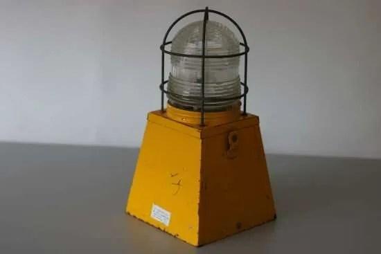 waarschuwingslamp knalgeel 2