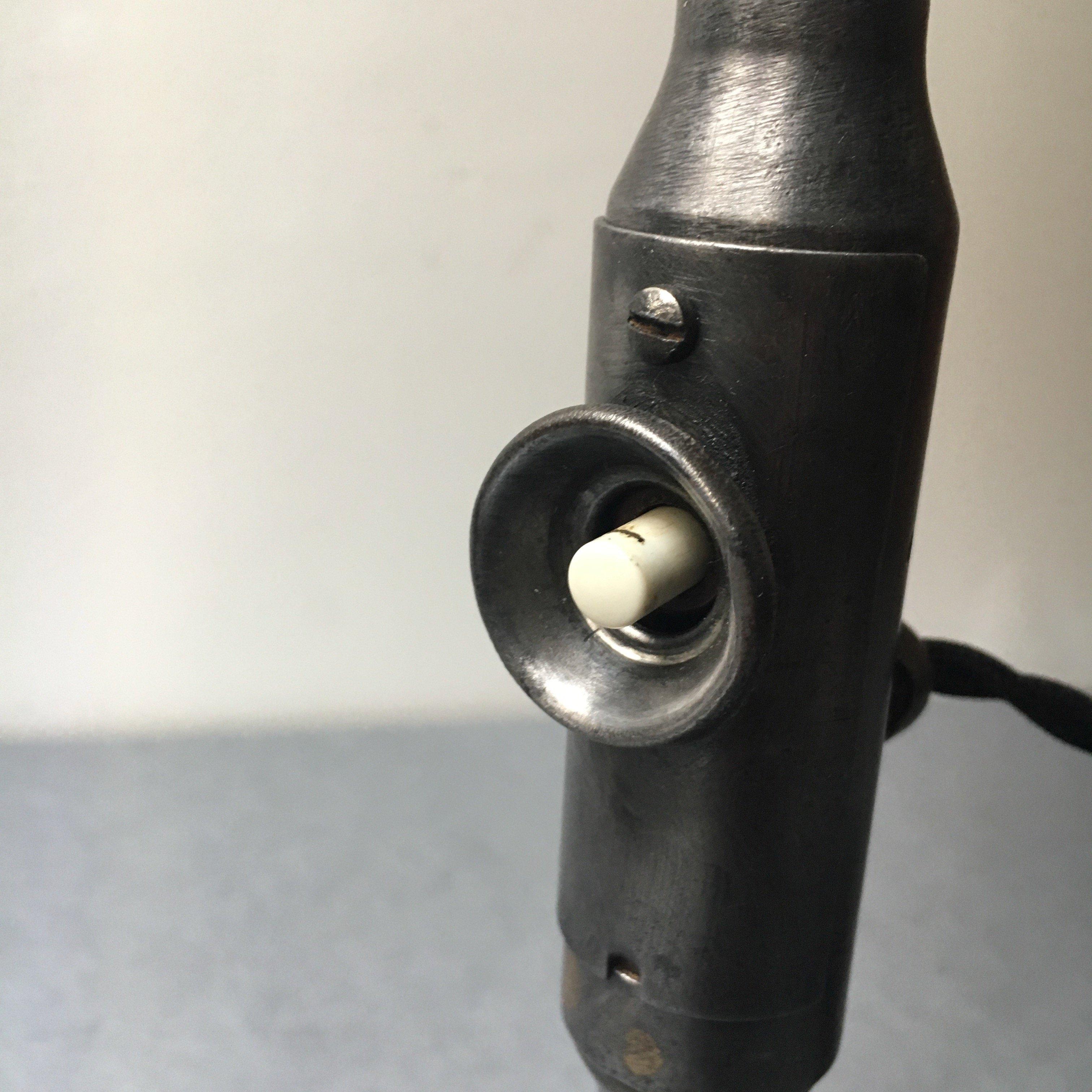 SIS lamp 10