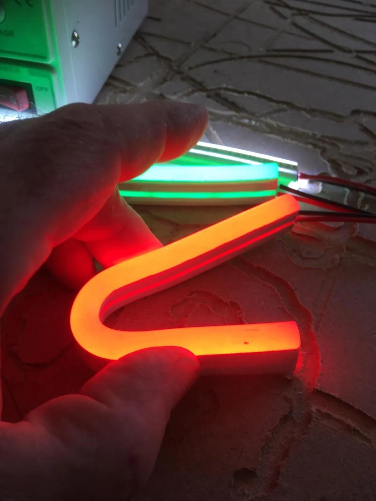 LED NEON Detail, zicht op formaat