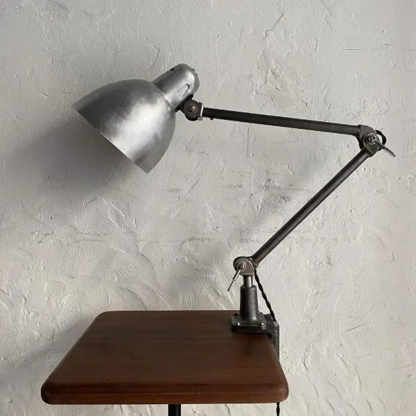 BAUHAUS-LAMP-INDUSTRIEEL-VINTAGE-LAMPE-USINE-BINK-bureaulamp-01