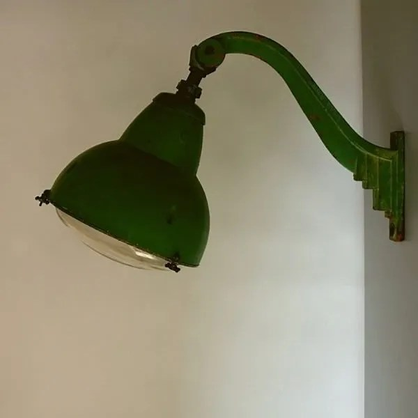 Vintage-openbare-verlichting-frankrijk-lyon-05