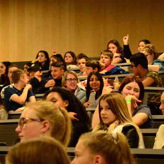 https://i0.wp.com/industrienacht.ch/wp-content/uploads/2016/03/Event-für-Schulen.jpg?resize=540%2C540&ssl=1